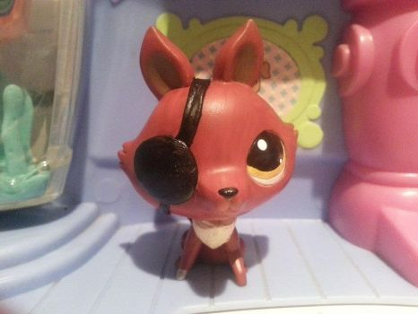 Foxy (Five Nights At Freddys ) by CraftHarmony