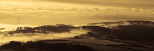 Mist over Lindale Hill by noelholland