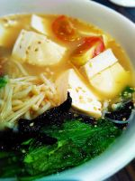 Ramen Noodle with Seaweed and Tofu Veg by VEGAN-LOVE