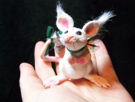 'Daisy' fairy mouse by AmandaKathryn