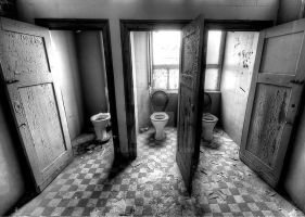 rest room by flaph