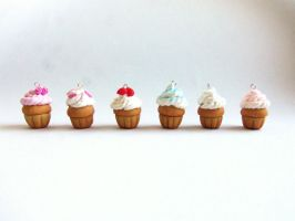 Mini clay cupcakes by FayeValentineJewelry