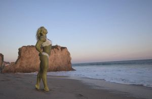 She Hulk on the beach by sheehulk33