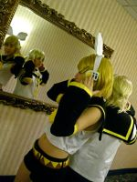 Len + Rin - Reflection by loveanime