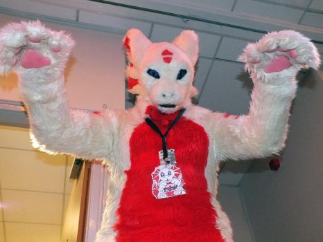 Minamicon 22-26 [Rawr Pose] by ggeudraco