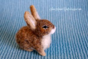 Needle felted baby bunny by SaniAmaniCrafts