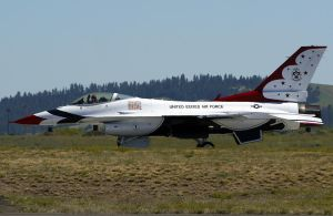 Thunderbird One by shelbs2