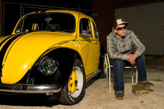 Shooting with a yellow bug 2nd by C-N-photography