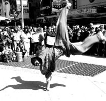 nyc dancer by CiRcUsSpiDeR