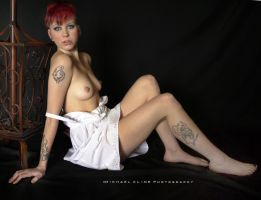 I Love To Be Nude by MichaelCPhotography
