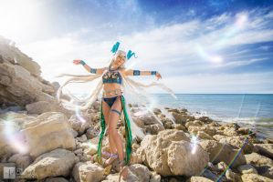 Final Fantasy X: Yunalesca by ellenlovely