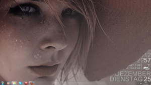 Ice Girl Skin Rainmeter (German) by Zer031