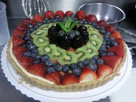 Cheesecake Fruit Tart by asthetiq