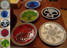 Magic: The Gathering Mana Plates by xXemeraldstreamXx