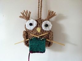 Knitting owl decor ornament, unique gift for knitt by Knit-A-Dee-Doo-Dah