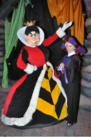 The Queen of Hearts and Frollo by ChristineFrollophile