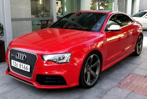 Audi RS5 Quattro by toyonda