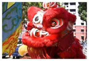 Lion Dance by luccide