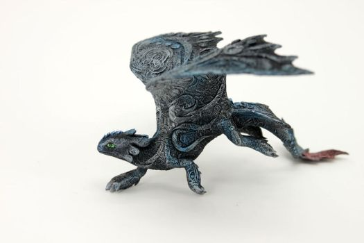 Running Toothless by hontor