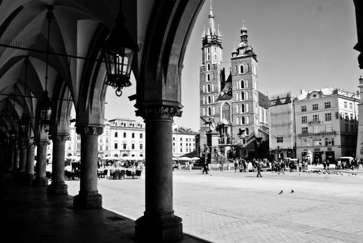 Main Square in Cracow, Poland. by sowak93