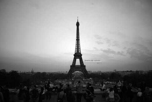 Paris, Je T'aime 'BW' by 7ayat