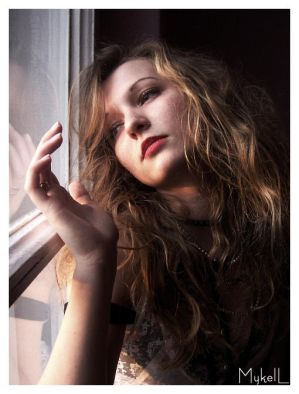 FADED PHOTOS session   Longing by MyKell - leylden yeni avatar ar�ivi ;)