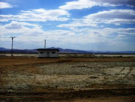 House in the desert by nairolf287