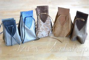 New set of medieval leather pouches by izasartshop