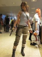 Lara Croft by Juu50x