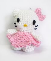 Mini amigurumi hello kitty - keychain by Shizuru117