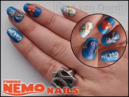 Finding Nemo nails by Ninails