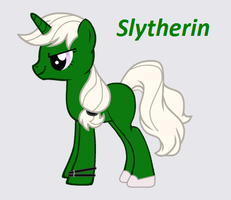Slytherin Pony by Fenyloketonuriofil