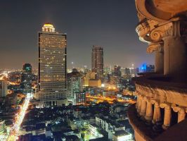 near Sathon road by geckogr