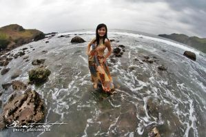 Indah Mey Beauty And The Beach by perigunawan