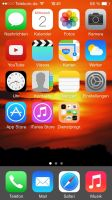 My new iOS 7 home screen by janosch500