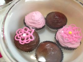 Mother's Day Cupcakes by LexC7
