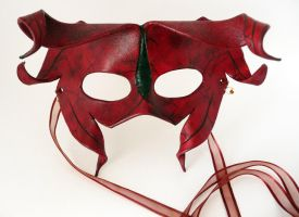 Red Devil Mask by leighanief