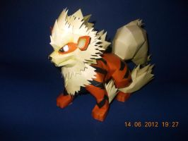 Arcanine Papercraft by Sabi996