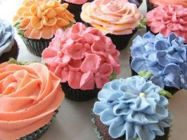 Cupcake flowers by Legoquest29