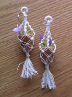 Mini Macrame Plant Hanging Earrings by Freakuha