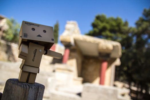 Danbo presents a Knossos! by coLdik