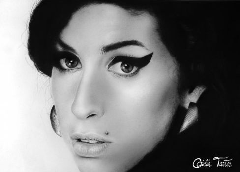 Amywinehouse by GiuliaTarter