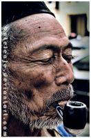 the old people smok by bateleaje