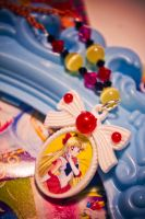 Sailor Venus Cameo - Octopug Accessories by falt-photo