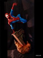Spiderman Sideshow statue repaint by Enelaur