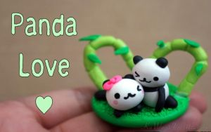 Panda Love Figurine by KaWaiiCharMZ831