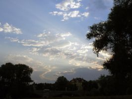 Munich : Himmel by clairwitch