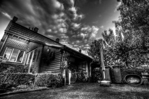 Black and White HDR by MisterDedication
