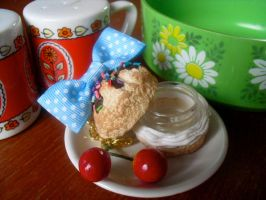 Cream Puff Container Charm 2 by kawaiifriendscafe
