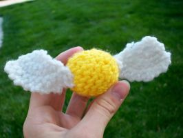 Amigurumi Golden Snitch by pixie--stick